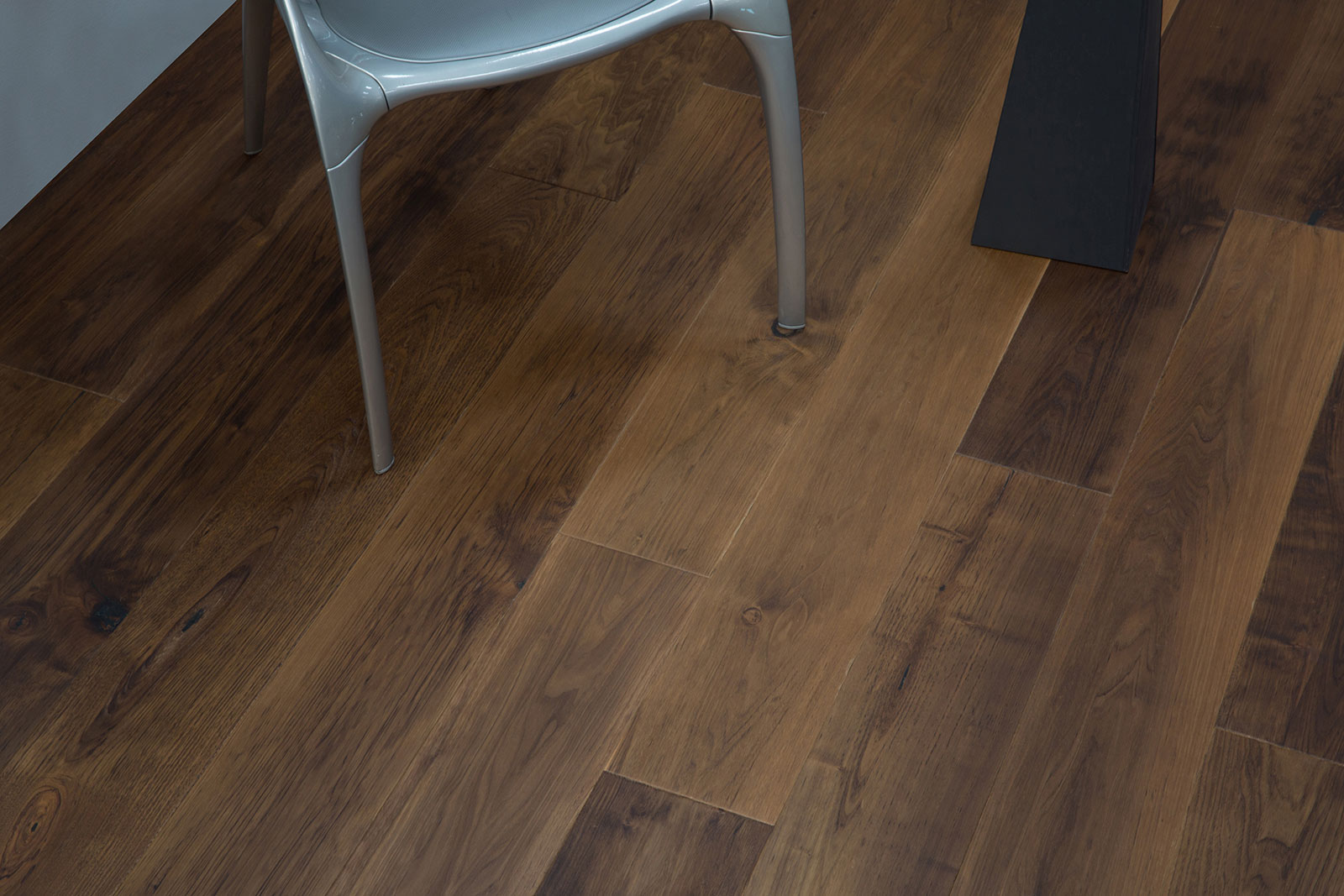 Duchateau The Chateau Collection Windsor Ab Hardwood
